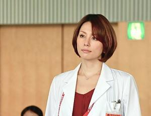 米倉涼子 ドクターX 衣装 髪型 画像